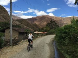 Biking Vilcabamba Medium