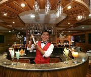 galapagos bartender