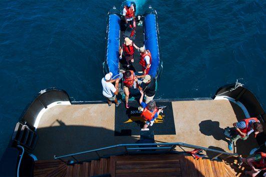 dinghy-boarding