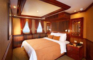 grace-yacht-cabin_albert-deck-master-suites