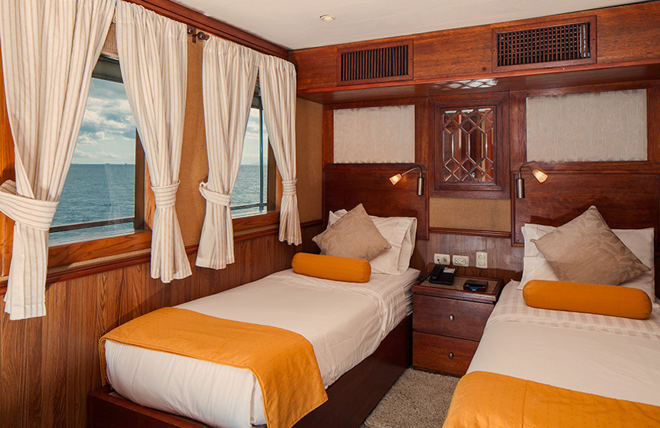 grace-yacht-cabin_albert-deck-twin-suites