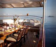 grace-yacht_social-areas