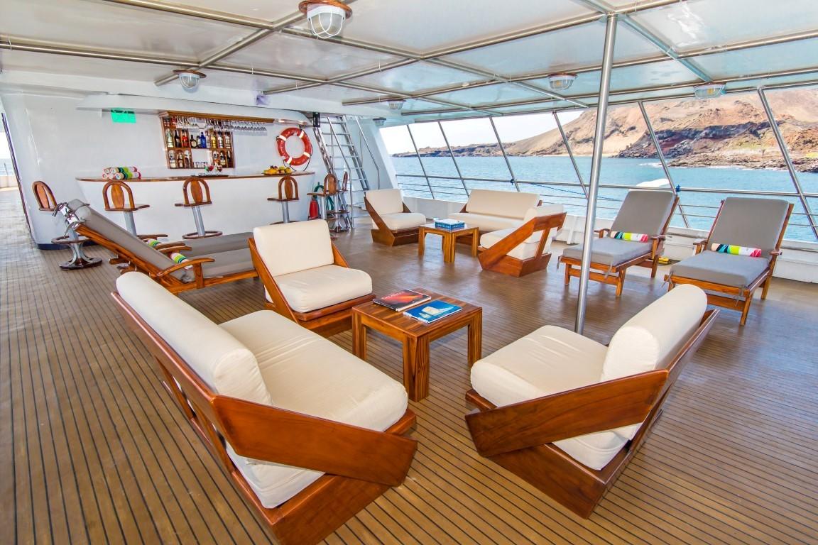 10-san-jose-lounge-upper-deck