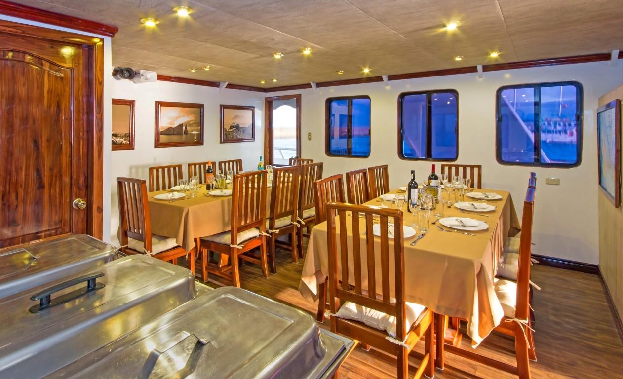 12-san-jose-dining-area