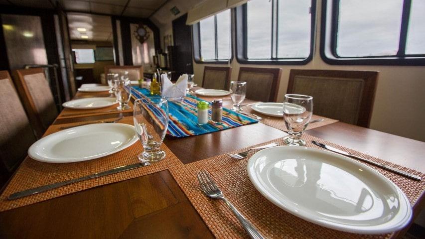 Xavier III interior2 - Birdwatching Galapagos Cruises